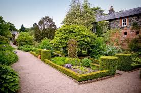 Out & About Trip to Rowallane Garden – Tuesday 24 April
